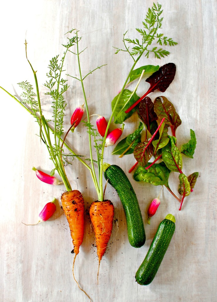 vegetables for healthy pad thai // food to glow
