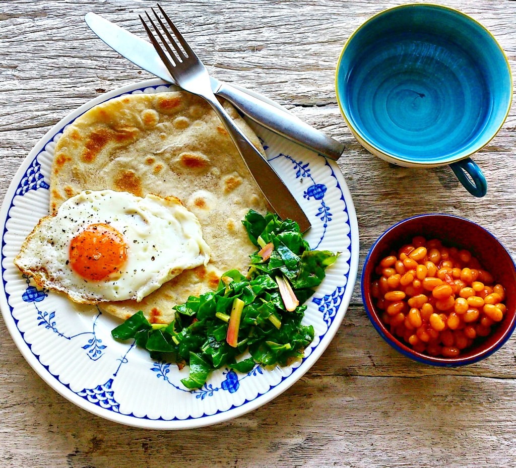 roti-fried-egg-baked-beans-chard by food to glow