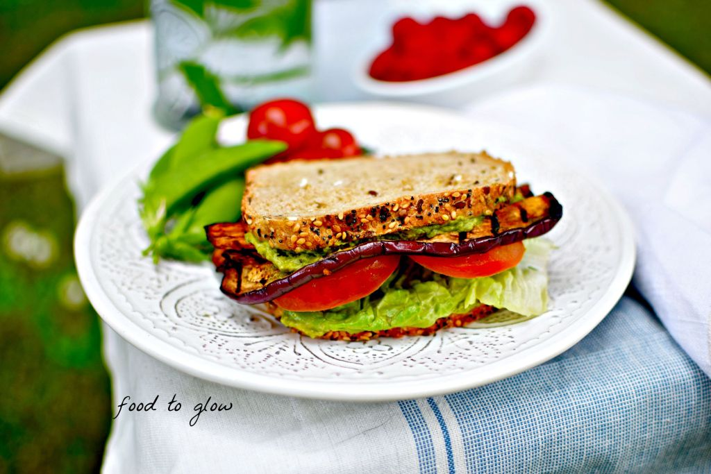 eggplant bacon bot // food to glow #veganblt