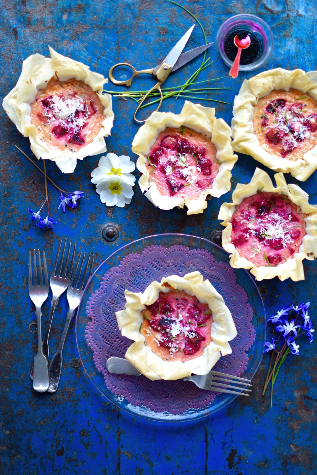 Earthy, tangy beets married with smooth creamy ricotta in crunchy filo make a delightful and simple starter or light lunch. Add intriguing nigella seeds and you've got the wow factor. A colourful, lip-smacking vegetarian recipe forspecial occasions - and no occasion!