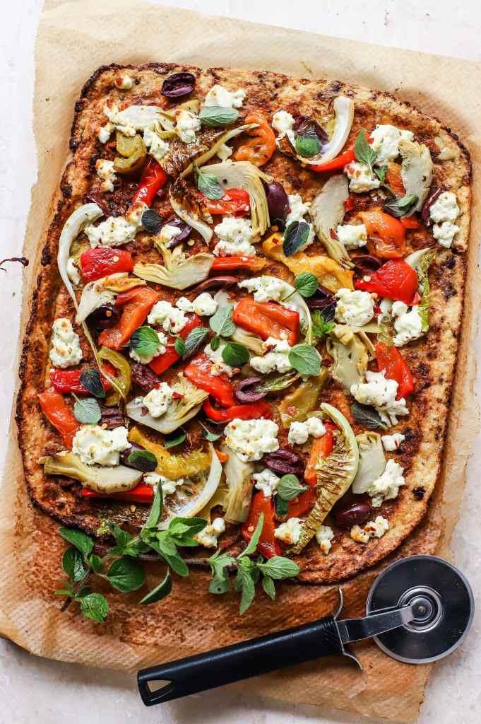 greek cauliflower crust pizza