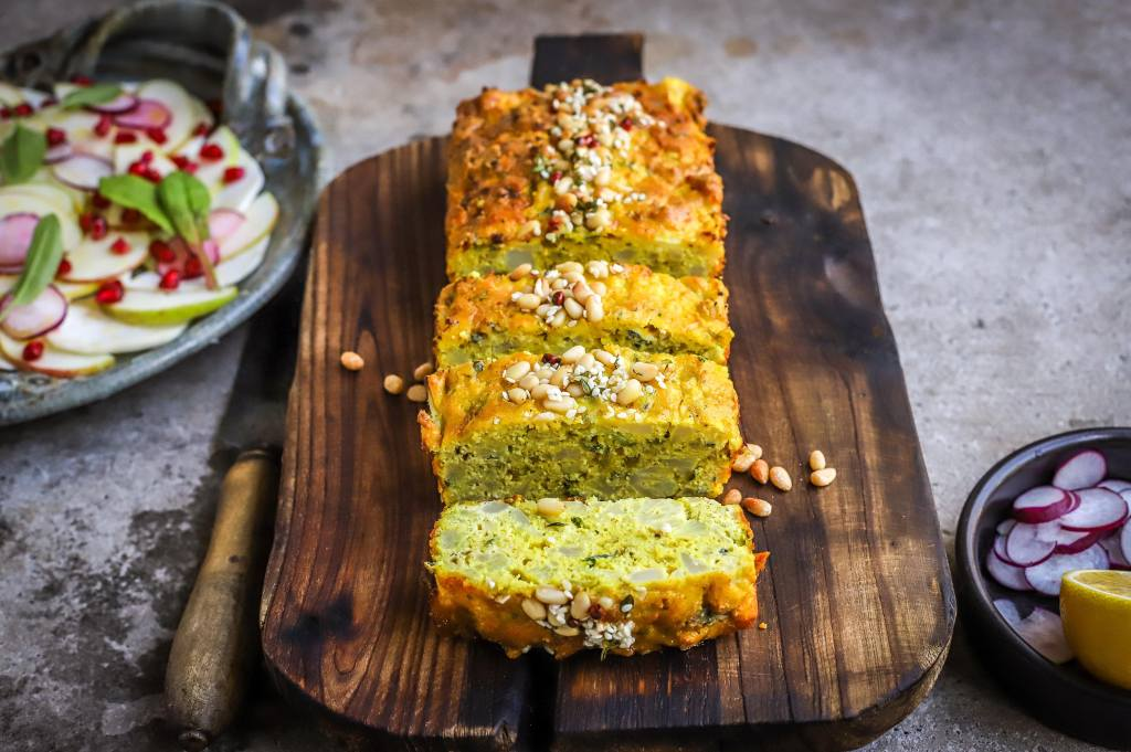 blue cheese and cauliflower loaf
