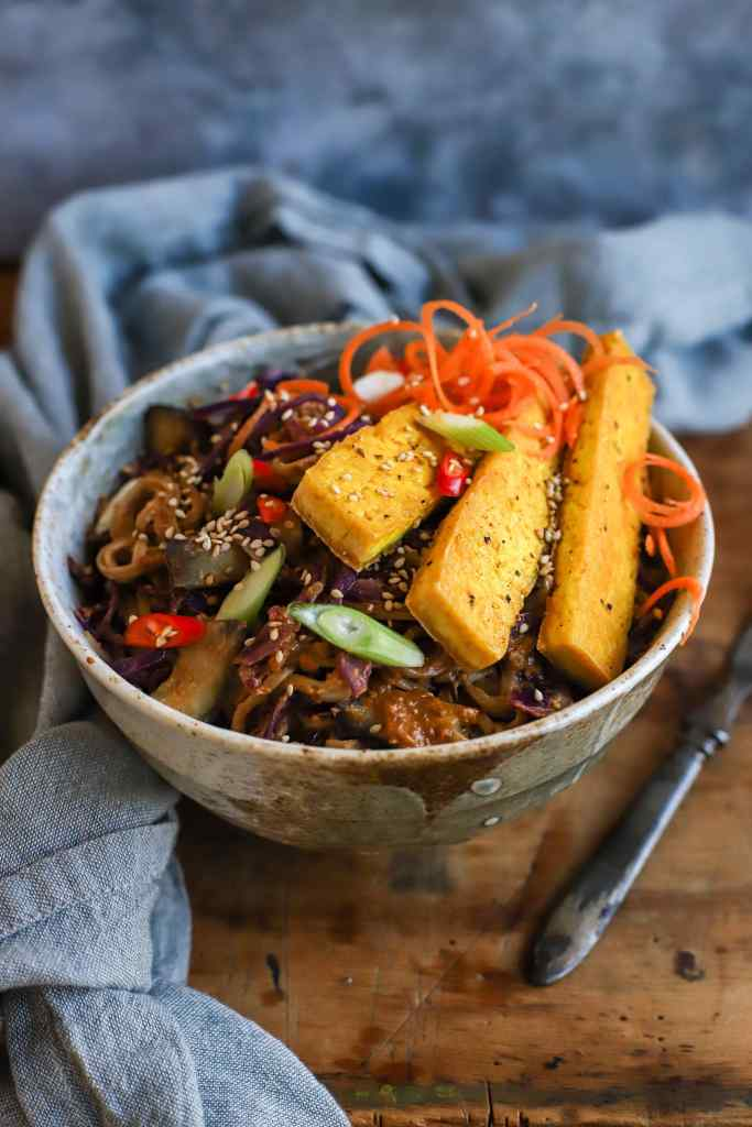 rainbow noodle bowl with spicy peanut butter sauce