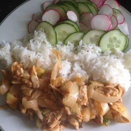 Thai Red Curry (1 syn). Recipe here: https://kellsslimmingworldadventure.wordpress.com/2015/08/19/recipe-thai-red-curry/