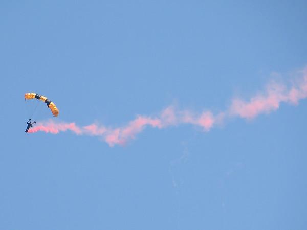 Parachutists