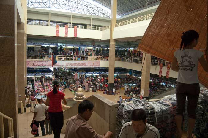 The huge Dong Xuan Market, Hanoi, Vietnam