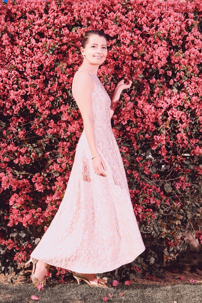 Kelly Golightly recreates the photo of Audrey Hepburn in Bougainvillea.