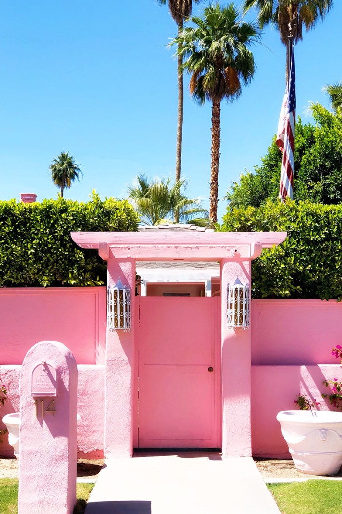 Pink House Palm Springs | Kelly Golightly