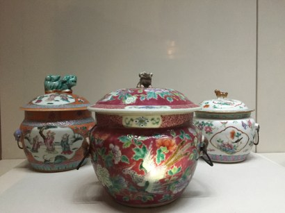 Some of the many pretty Kamcheng designs