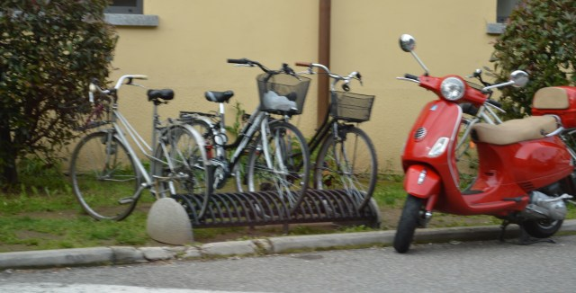 Bikes and Scooter Lake Como, Italy