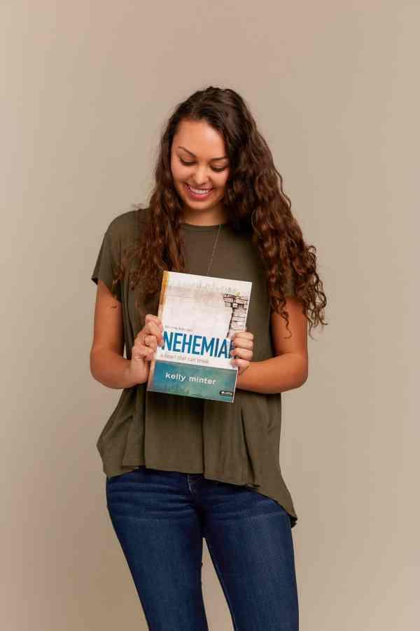 Nehemiah DVD Leader Kit