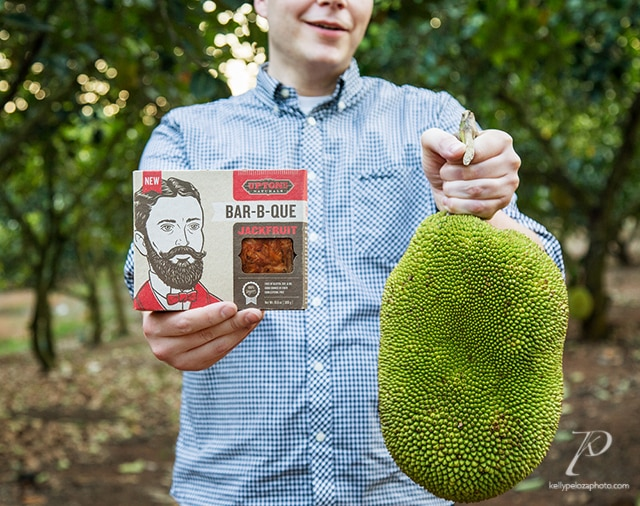 Upton's Naturals Prez Daniel Staackmann with Bar-B-Que Jackfruit and young jackfruit
