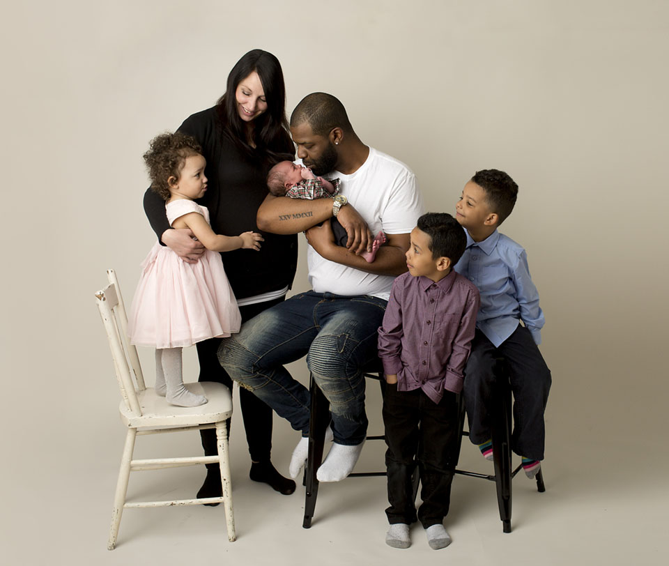Family of 6, newborn photoshoot