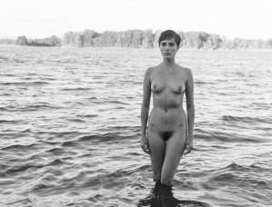 fashion-nude-water-fine-art-roarie-yum-kelly-segre-07