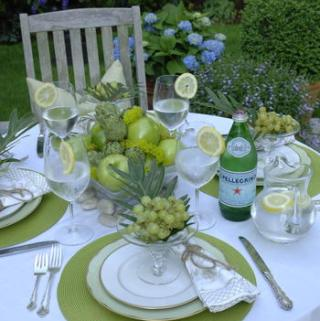 How to Throw the Perfect Outdoor Party on a Budget