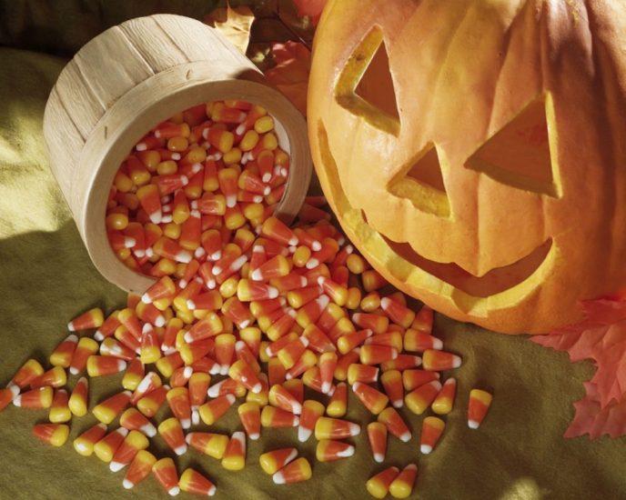 Trick-or-Treat-halloween-24469765-1280-1024
