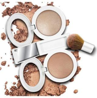 Get The Woman In Your Life Some Hard Candy Beauty Products