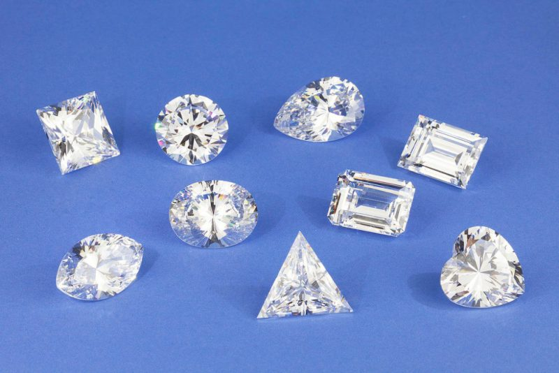 Types of Diamond cuts, shapes and sizes