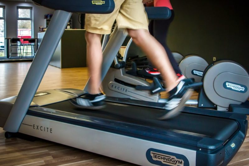 Tips to Buy the Best Elliptical and Treadmill Machines – Online Reviews to get Better Ideas