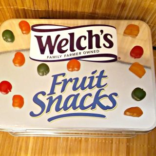 Take the Welch's Fruit Snack Lunch Box Challenge