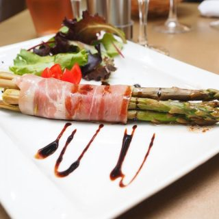 PROSCIUTTO-WRAPPED ASPARAGUS RECIPE