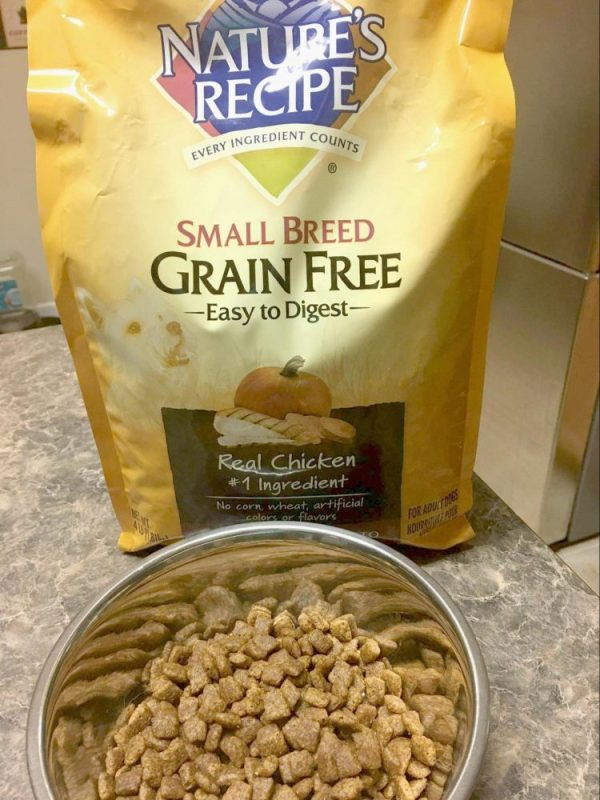 Nature's Recipe Small Breed Grain Free Easy to Digest Chicken, Sweet Potato, and Pumpkin Recipe.