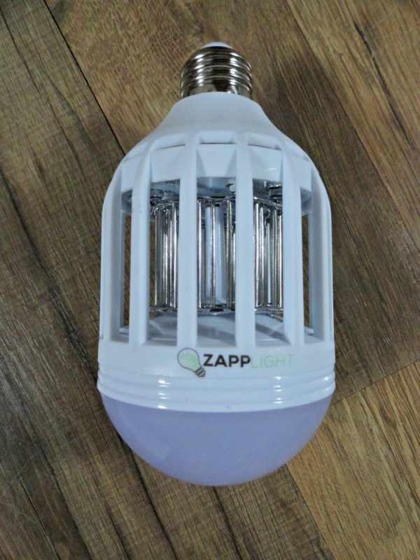 ZappLight keeps bugs away