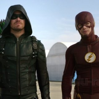 DC's Legends of Tomorrow: The Complete Second Season!