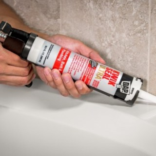 Beat Bathroom Mold and Mildew Like A Pro