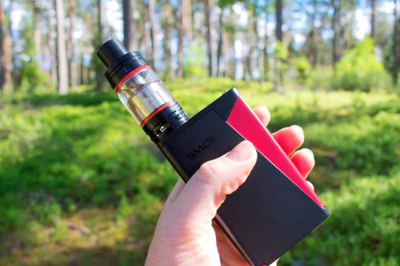 How to Stay Safe When Vaping