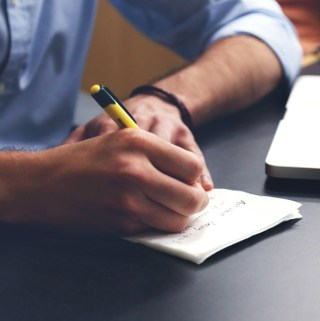 5 Signs It Is Time to Hire a Custom Writing Service
