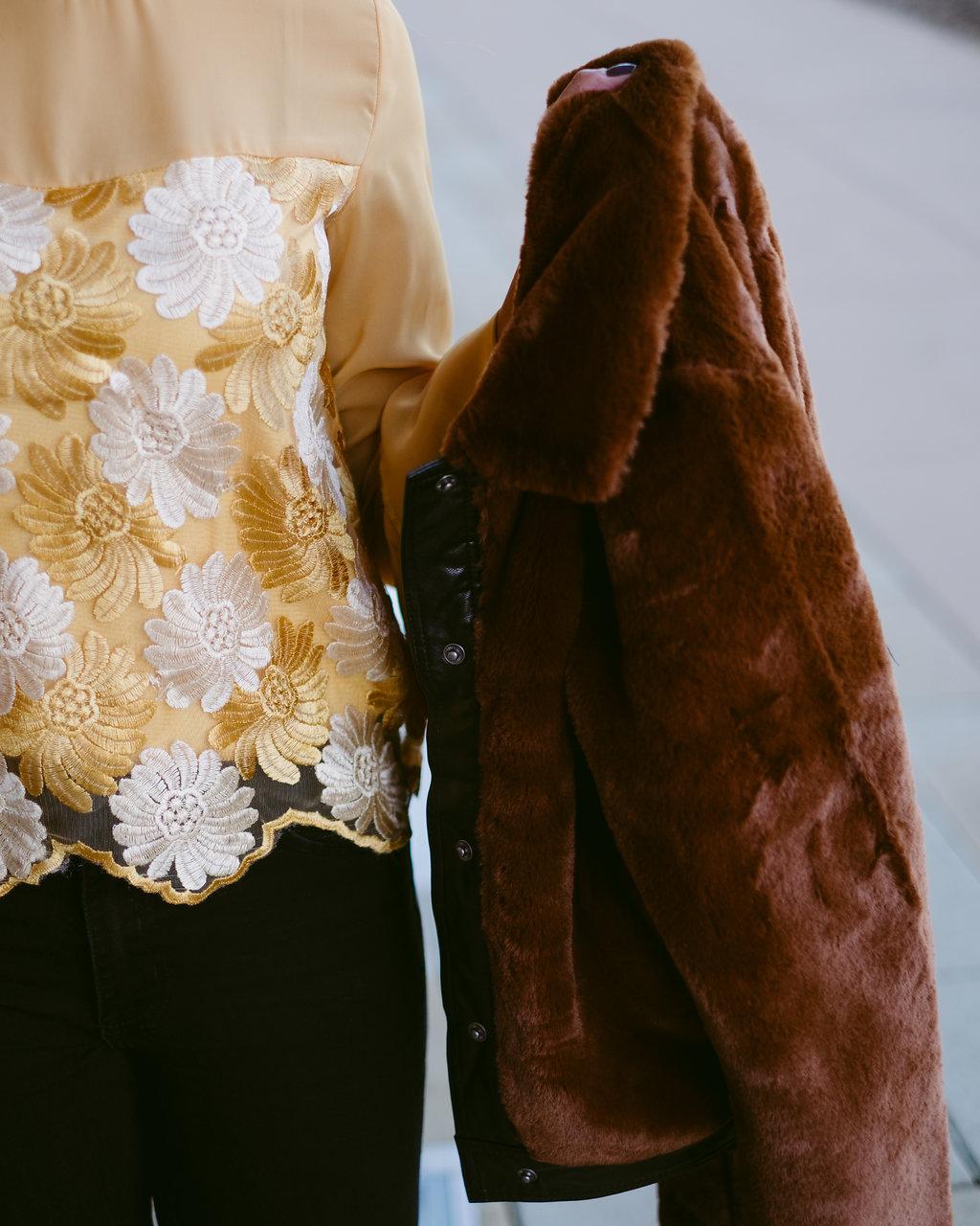 Life style blogger Kelsey Kaplan off Kelsey Kaplan Fashion wearing faux fur bomber jacket