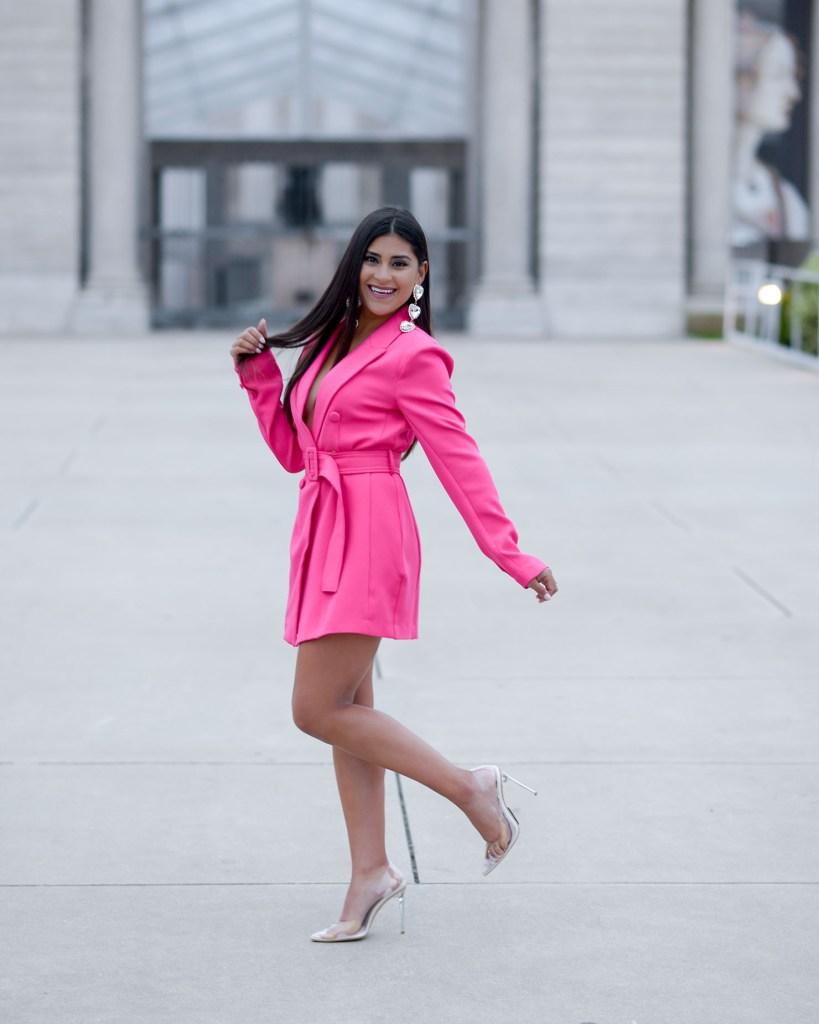 Lifestyle blogger Kelsey Kaplan of Kelsey Kaplan Fashion wearing blazer dress and clear high heels