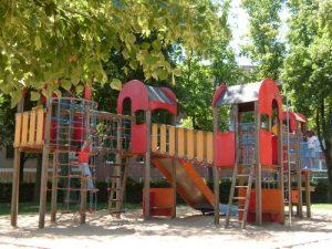 Sebuah taman bermain anak di Julich, Jerman