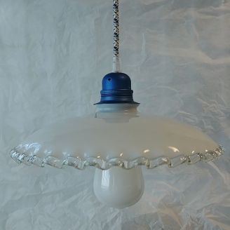 kelvin et lumen luminaires suspension opaline douille métal bleue cordon pixel bleu ampoule LED