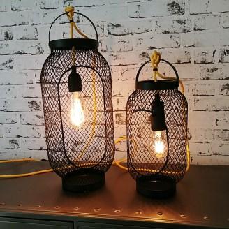 kelvin et lumen luminaires à poser métal grillagé cordon jaune ampoules LED chambre séjour salon entrée