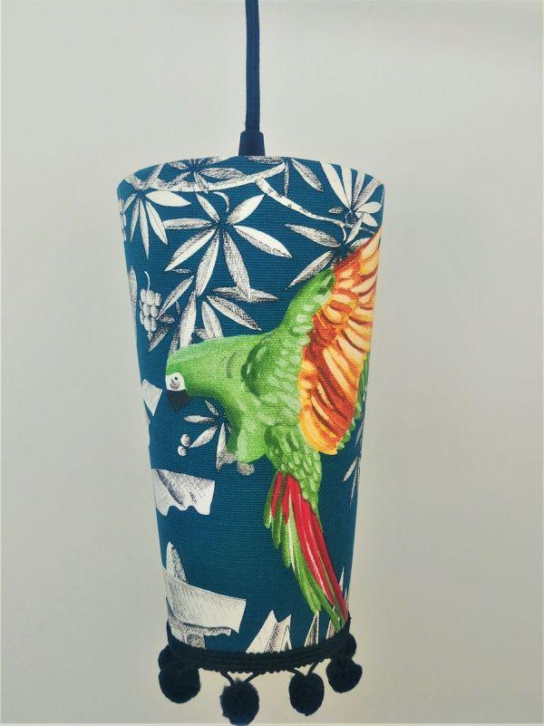lampe baladeuse de créateur fabrication sur mesure coloris bleus verts et rouge orangés petit luminaire d'appoint