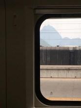 2-train to yangshuo