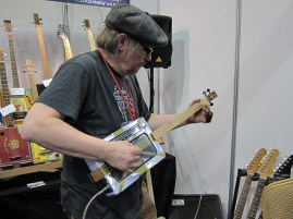 GuitarShow_50