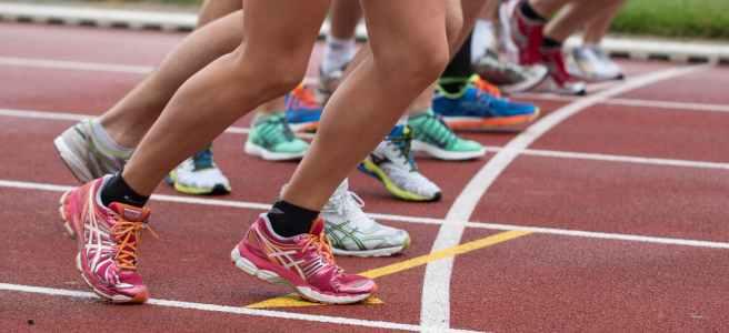 people doing marathon