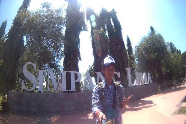 Ke Semarang Ala Backpacker