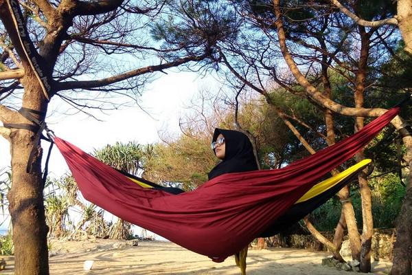 Camping-Di-Pantai-Sanglen.jpg