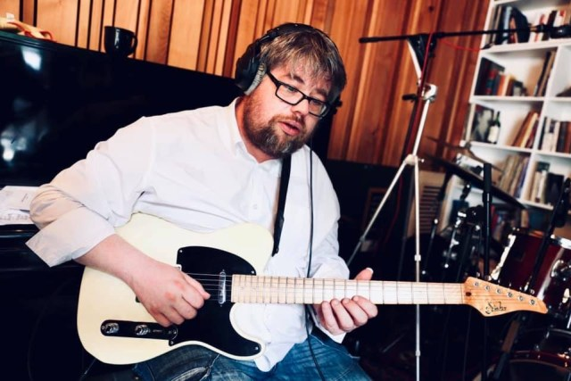 Nik Svarc recording