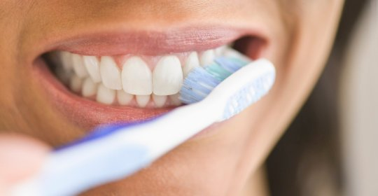 Brushing Your Teeth Effectively: Five Steps For A Healthy Smile