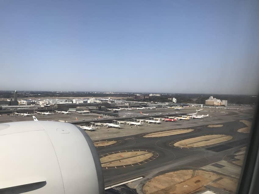 成田空港へ着陸
