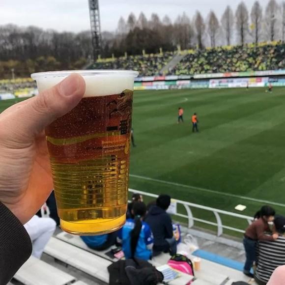 今日はカズが来るかと思ったからアウェイ寄りで松井大輔をバックにお送りいたします #栃木SC #横浜FC #J2