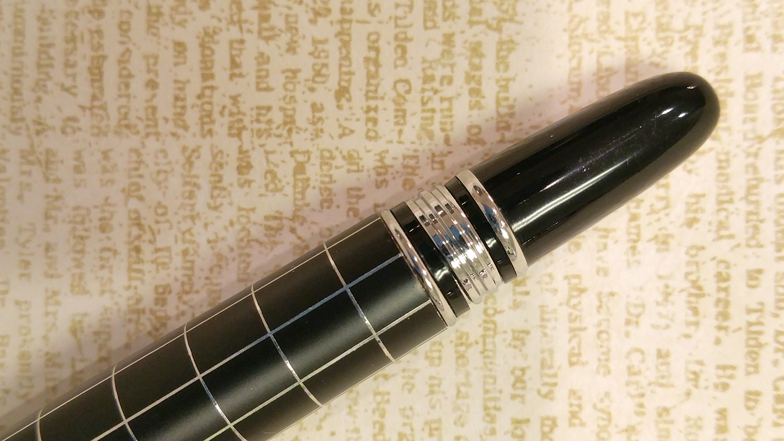 "Baoer 79 ""Skywalker"" Fountain Pen Threaded Endcap"
