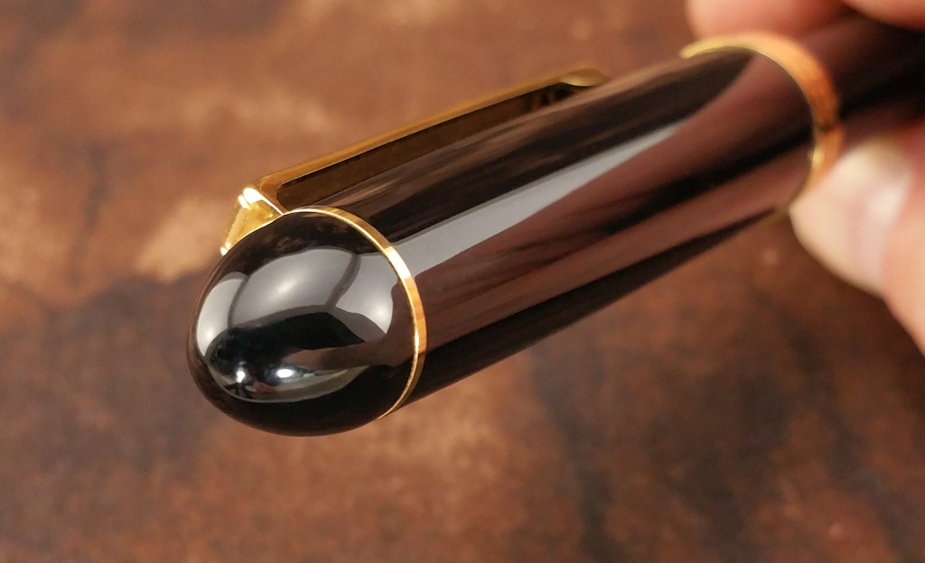 Close-up shot of the Platinum 3776 Balance Maestro Fountain Pen Finial