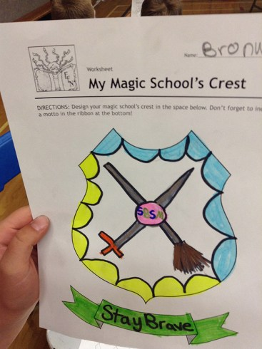 magicschoolcrest-04