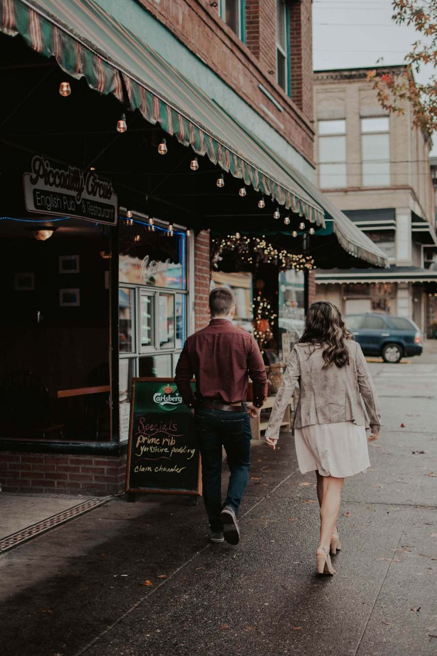 snohomish, engagement, photographer, wedding, seattle, engagement-session, downtown-snohomish, seattle-wedding-photographer, wedding-photographer, engagement-photographer, northwest, wedding-planning, wedding-plan, pnw, pacific-northwest, pacific-northwest-photographer,